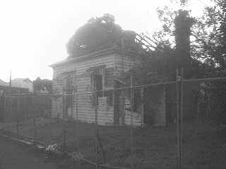 derelict_house_2007_0001.jpg